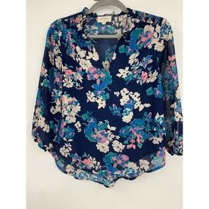 Everly blouse XS floral popover hi low career